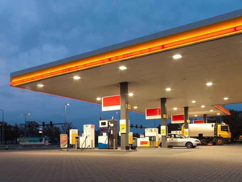 Wiaty stacji paliwowych
